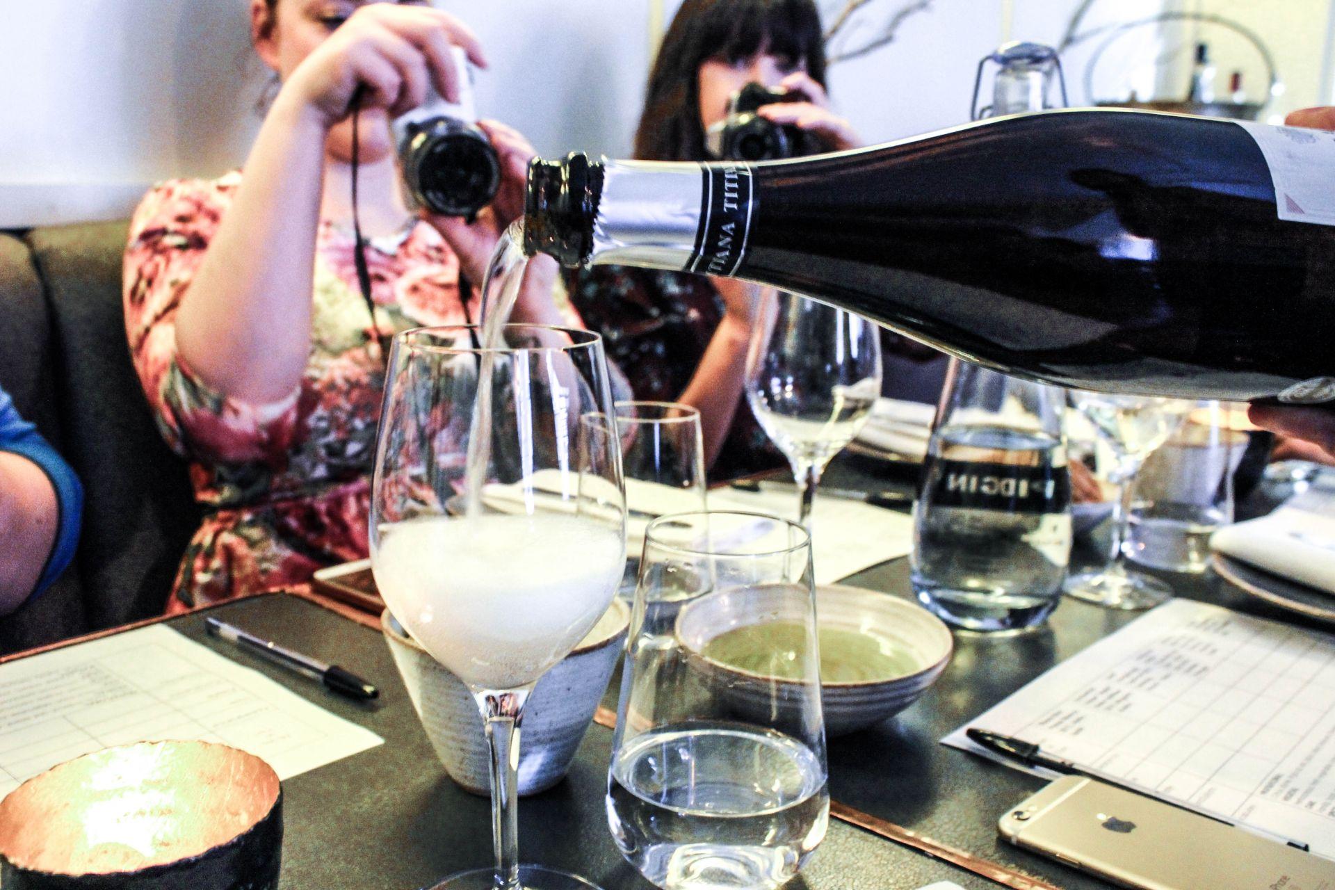 divino in vino wine tasting